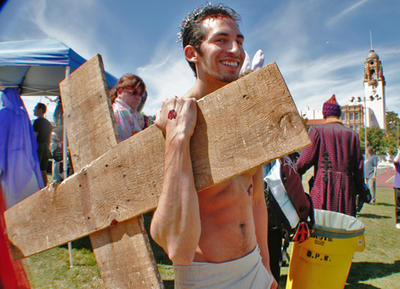hunky-jesus-contest-at-dolores-park326130036